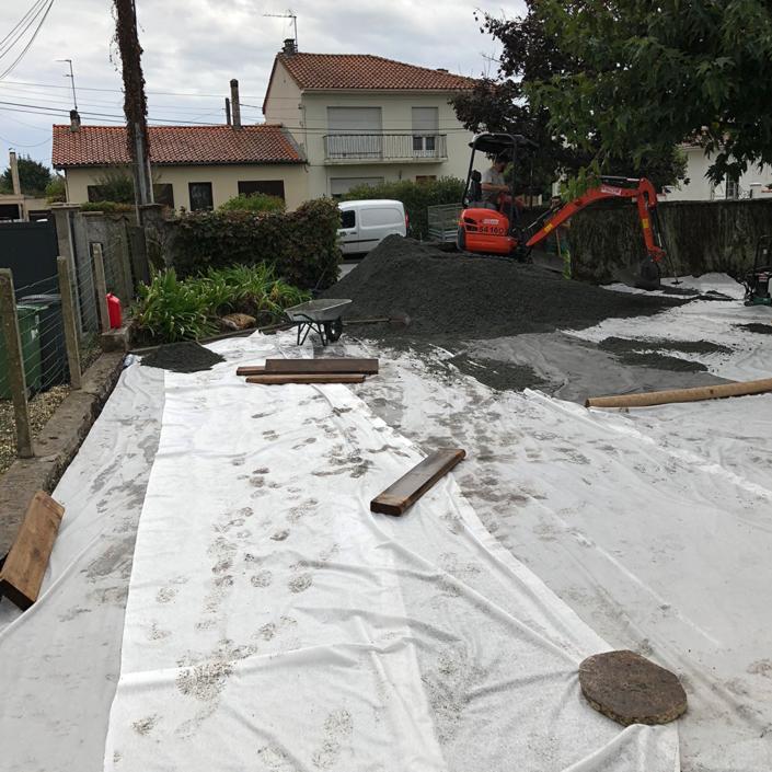 Travaux pour la création d'une allée de maison