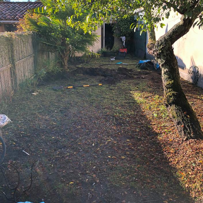 Photo du jardin avant le semage de gazon
